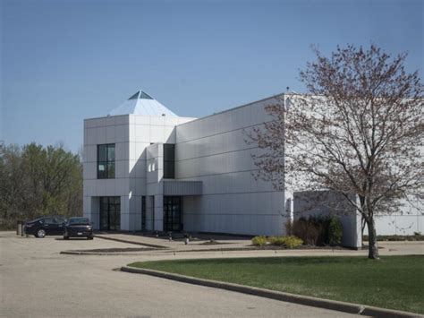 prince minnesota house prince s half wants to stop the sale of singer s