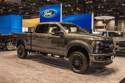 ford   super duty lariat top speed