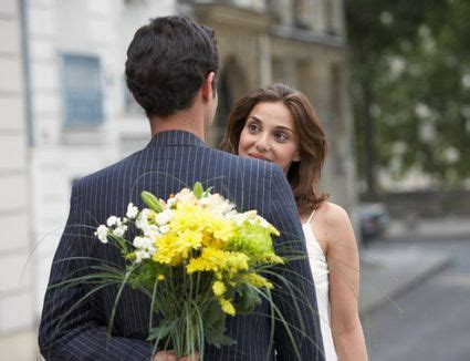 plan  wedding anniversary  traditional colors