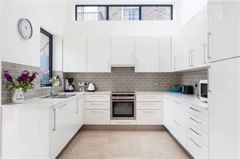 30 Gorgeous Grey And White Kitchens That Get Their Mix Right. Red Kitchen Paint Colors. Modern Country Kitchen. White Kitchen Cabinets Modern. Modern Kitchen Cabinet Manufacturers. Cool Kitchen Accessories. Country Kitchen Decor Cheap. Pinterest Kitchen Storage. Country Style Kitchens Ireland