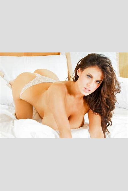 FoxHQ - Wendy Fiore Naked In Sheets
