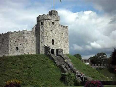 castelo em cardiff pais de gales youtube