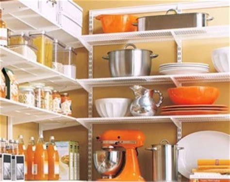 organiser une cuisine rangement vertical pour assiettes