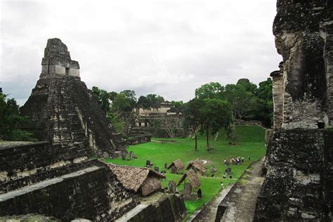 chambre funeraire temple du grand jaguar wikipédia