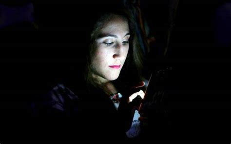 best smartphone today smartphone addiction disrupts your sleep pattern reveals Beautiful