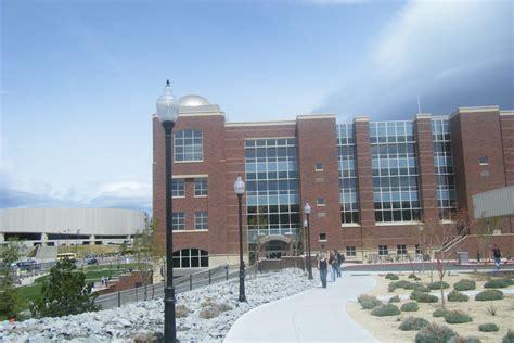 File:University of Nevada Reno 2009.jpg - Wikimedia Commons