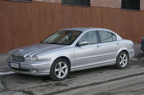 Jaguar X-Type - Wikipedia
