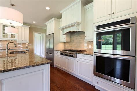am駭agement salon cuisine faux plafond cuisine meilleures images d 39 inspiration pour votre design de maison