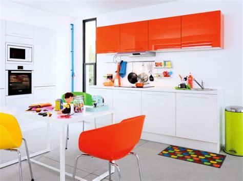 cuisine orange deco cuisine orange et marron