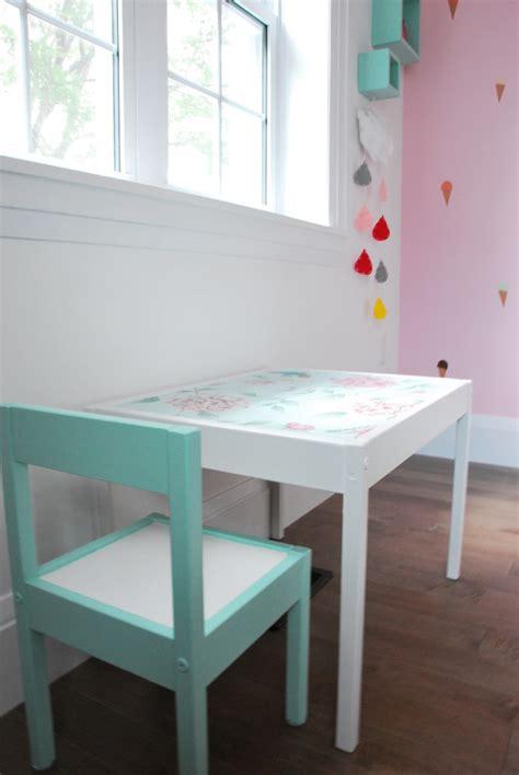 totally charming diy ikea hacks   nursery shelterness