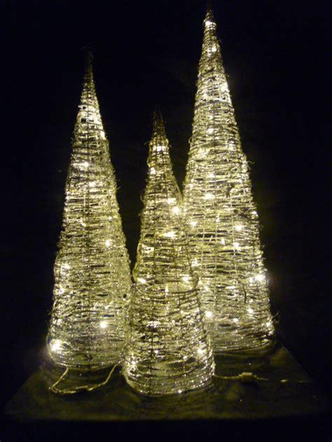 led weihnachtsbaum leuchtpyramide kegel er set aus