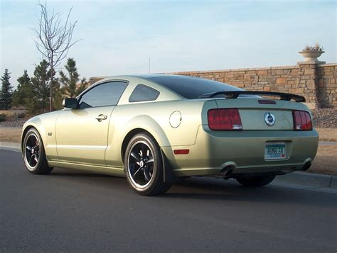 mustang  black wheels page