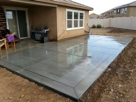 Backyard Concrete Slab by Broom Finish Concrete Patio Slab With 12 Quot Border Bands