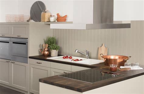 cuisine effet beton 10 crédences qui habillent les murs de la cuisine darty