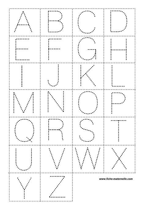 lettres en pointille pour la classe
