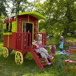 maisonnette en bois forme de roulotte With conseil pour peindre un mur 18 cabane de jardin en palette bois pour enfant