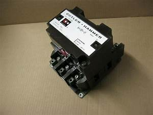 Cutler Hammer 3 Pole 120 Amp 600 Volt Lighting Contactor