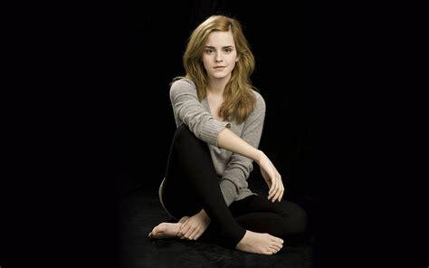 Hollywood Emma Watson New Beautiful Wallpapers