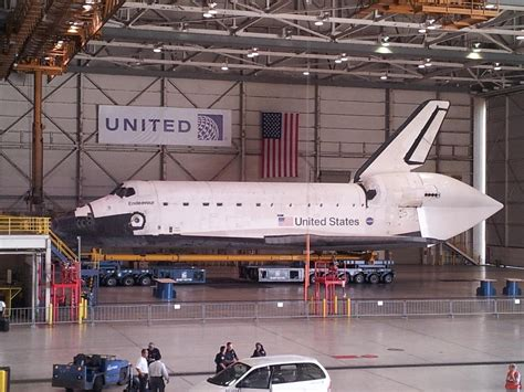 Toyota Truck Pulls Space Shuttle - Pics about space