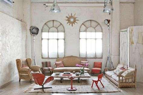 Home Interior Vintage Items : Manolo Yllera's Eclectic Vintage Home