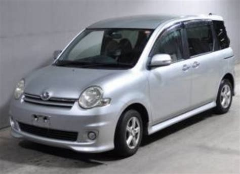 Toyota Sienta Picture by Toyota Sienta X