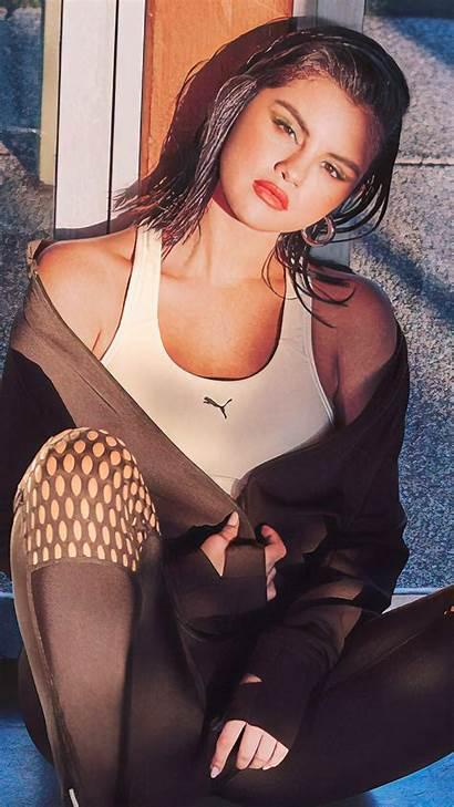 Gomez Selena Photoshoot Puma Mirror Reflection 4k