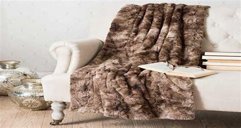 peindre un canapé plaid maisons du monde et autres douceurs pour l hiver