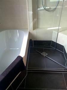 Dusche Und Wanne : dusche wanne bad 052 b der dunkelmann ~ Markanthonyermac.com Haus und Dekorationen