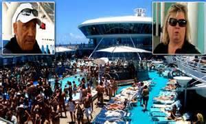 wild hundreds  cruise ship passengers fall ill  stomach virus