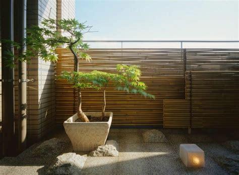 bambus balkon bambus balkon sichtschutz gestaltung ideen im feng shui stil