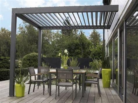 auvent de terrasse auvent de terrasse en aluminium pour votre espace ext 233 rieur pergolas gardens and verandas
