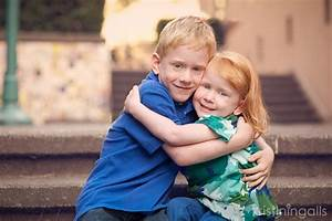 How to photograph siblings together with these 10 easy tips