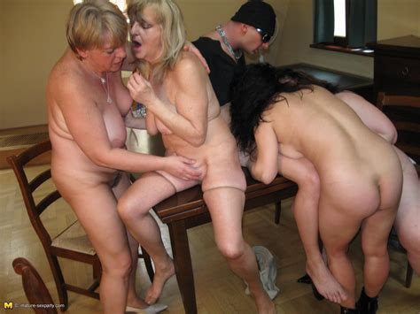 Four Bisexual Mature Sluts Fondle Each Other And Get Their