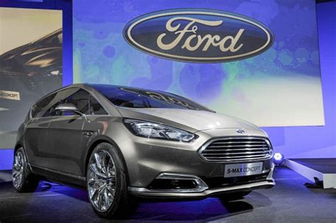 Ford Develops Driverless Automobiles