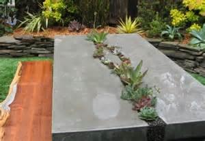 indirekte beleuchtung badezimmer basteln mit beton gartenmöbel aus beton freshouse