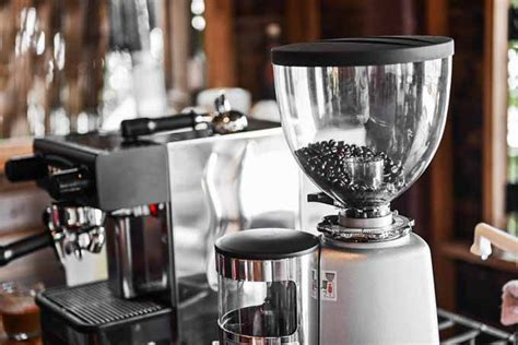 Foodal's Guide To Purchasing The Best Coffee Grinder In 2016 Coffee Eclair Recipes Able Brewing Kone Filter Mocha French Press Cake With Yogurt Keurig V60 Kit Experience