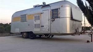 1965 Silver Streak Sabre 19 U0026 39  Aluminum Travel Trailer