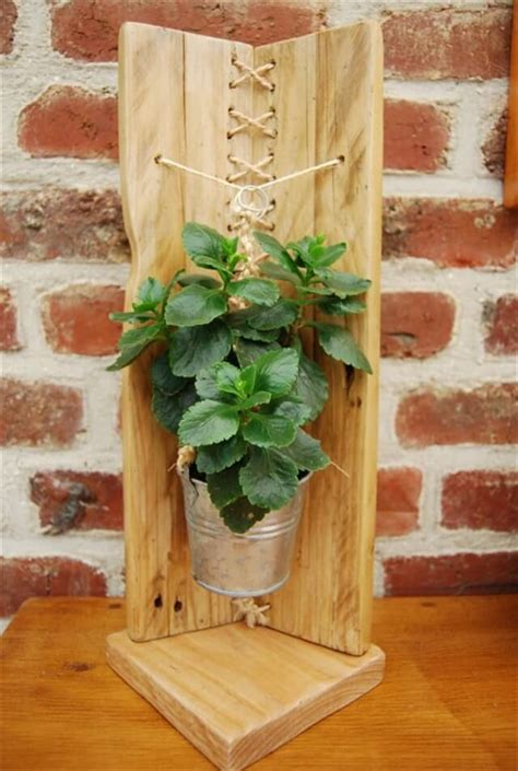 modern pallet flower holder  pallets