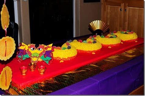 salsa  china    dragon cake