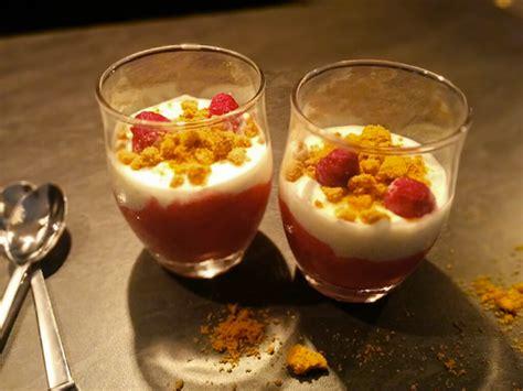 dessert a la framboise rapide recette de verrines 224 la framboise et aux sp 233 culoos