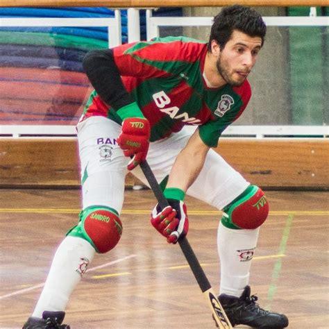 Hóquei em patins e apostas estão finalmente disponíveis para o apaixonado público português. Jogador do Marítimo proporciona episódio de fair-play no hóquei em patins | Rádio Alto Minho