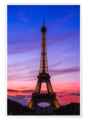 eiffel tower  sunset posters  prints posterloungecouk