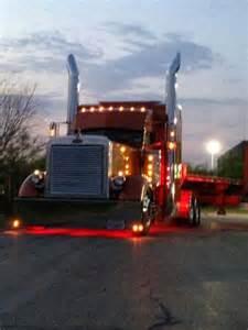 18-Wheeler Flat Bed Truck
