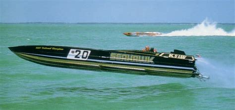 Vintage Offshore Boats by Classic Offshore Racing Pictures The Hull