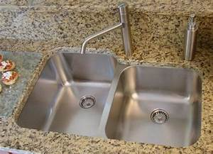 Ultra Clean Seamless Sinks eliminate dirty drain seams for