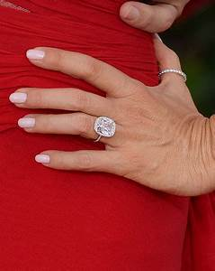 Bridal jewelry news all about engagement rings wedding for Sofia vergara wedding ring