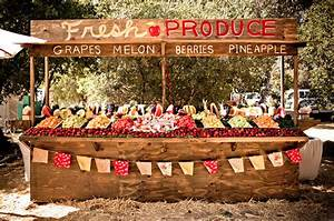 Fun Farmers Market Inspired Wedding: Chelsea + Dillon