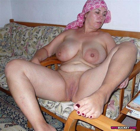 Some Random Pictures Of Sexy Naked Milfsmaturesgrannies