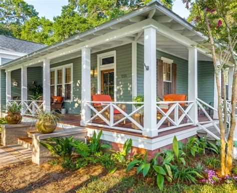 Traditional Porch Designs and Ideas   InspirationSeek.com