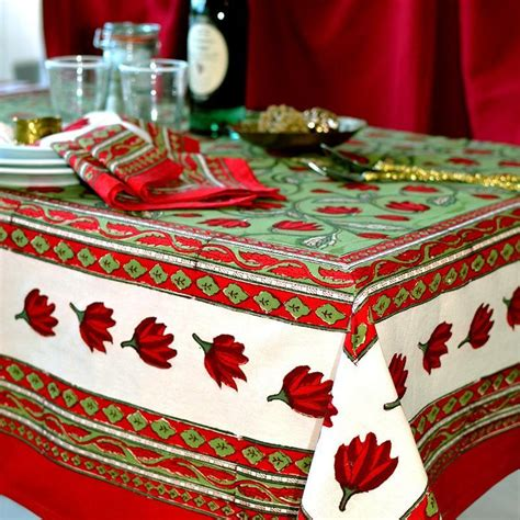 size tablecloth  table runner